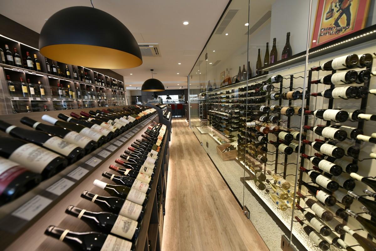 Cave à vin vitrée - Le chemin des vignes - Wine Stone