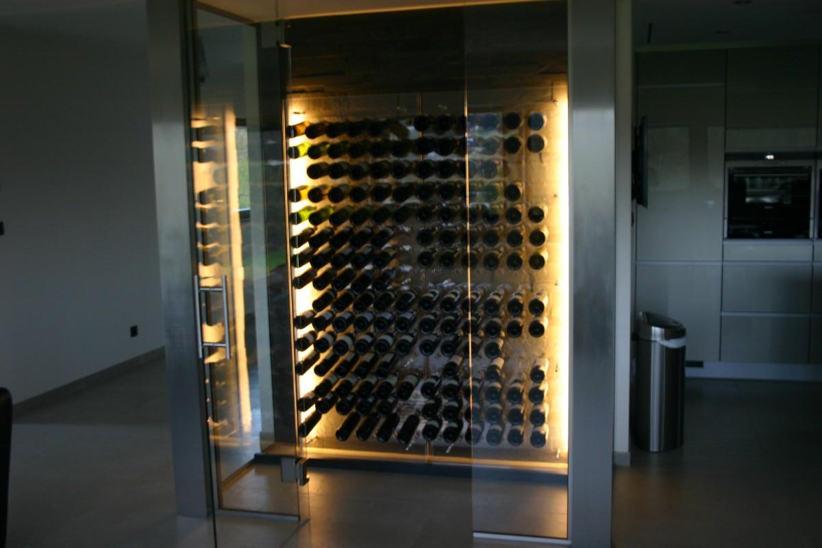 winestone cave vin design cave vin traditionelle. Black Bedroom Furniture Sets. Home Design Ideas